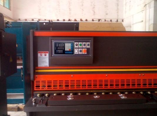 剪板机控制器
